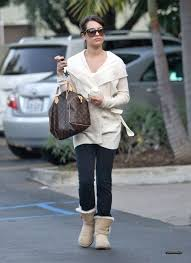 s ugg australia burgundy plumdale charm boots lea michele in marc by marc suns in suns