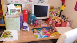 rangement stylo bureau bureau enfant rangement excellent lit enfant bureau lit enfant avec
