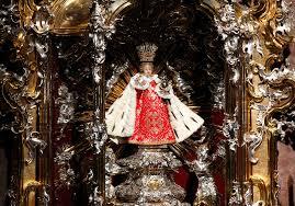 robe de mariã e original infant jesus of prague
