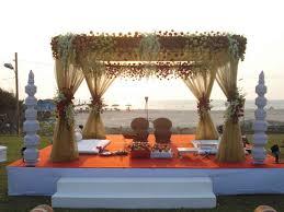 hindu wedding mandap decorations indian wedding mandap decoration ideas 3 weddings