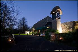 Wedding Venues In Hampshire Barns Wedding Entertainment At Clock Barn Whitchurch Lisa Faye