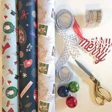 personalized wrapping paper a minted giveaway momma