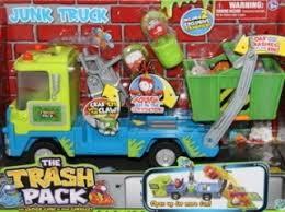 trash pack junk truck jude freaked