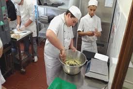 commi de cuisine lovely cqp commis de cuisine awesome hostelo