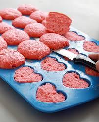 mini valentine cakes with heart craft ideas