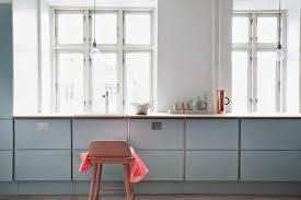 cuisine bleu pastel une cuisine bleu pastel pom gus