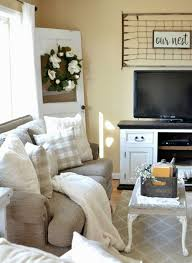 modern farmhouse living room 4 small living room ideas