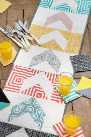 i d to see this modern geometrics table runner pattern used