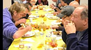 homeless are treated to malibu thanksgiving meal