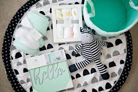 baby shower gifts 4 baby shower gifts that keep on giving babycenter