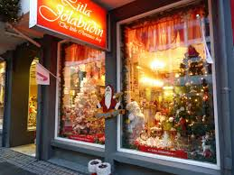 the little christmas shop is open all year around in iceland