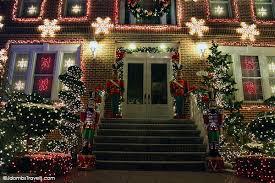 brooklyn u0027s christmas lights and a cannoli luxe adventure traveler
