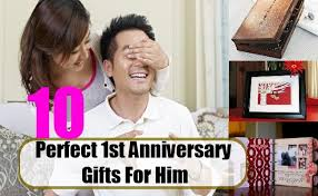 1st anniversary gift for him how to find the 1st anniversary gift for him bash corner
