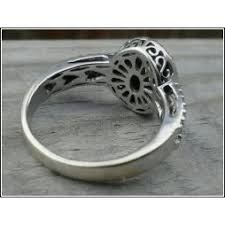 custom cluster v shaped ring bario neal st on vintage engagement ring