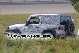 jeep wrangler unlimited sport top off spied wrangler 2 door jl rubicon soft top and export jl sport