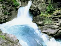 Montana waterfalls images 11 majestic waterfalls in america 39 s national parks takepart jpg