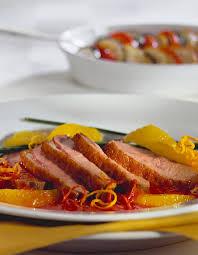 cuisiner les magrets de canard magrets de canard à l orange pour 4 personnes recettes à table