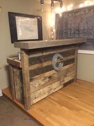 reclaimed wood bar made from pallets vintage at home