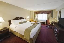home crowne plaza hotel nashua
