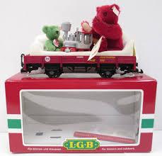 buy lgb 43100 flatcar w red u0026 green steiff bears trainz auctions