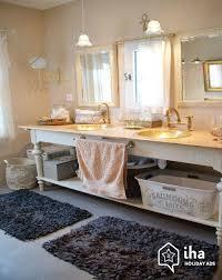 salle de bain provencale location propiac pour vos vacances avec iha particulier