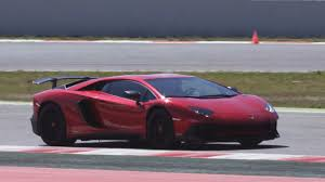 lamborghini aventador headlights lamborghini aventador s roadster loses roof keeps the speed