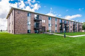 4 bedroom houses for rent in grand forks nd greenfield apartments rentals grand forks nd apartments com