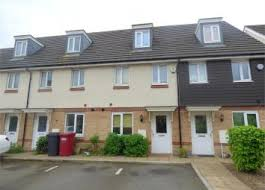 four bedroom house find 4 bedroom houses to rent in slough zoopla