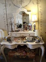 Vintage Style Vanity Table Vintage Style Vanity Table With 188 Best Dressing Tables