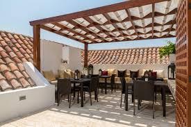 struttura in legno per tettoia strutture in legno per attrezzi pergole e tettoie da giardino