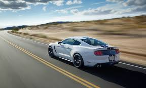 pret ford mustang mustang gt350 official figures 526 hp 429 lb ft car and