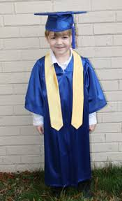 kindergarten cap and gown oak cap gown graduation accessories for kindergartens and