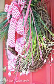 how to make a spring wreath in less than 10 minutes