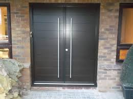 funkyfront timber contemporary front door frame 51 door panel hamburg 1 stained dark walnut 010 kloeber 38487 jpg