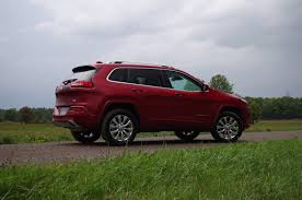 muddy jeep cherokee review 2016 jeep cherokee overland canadian auto review