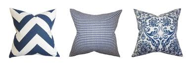 Throw Pillows 3 Ways To Mix And Match Throw Pillows Just A And Her Blog