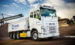 volvo company volvo fh 8 4 tridem paves the way at tarmac fleet uk haulier