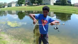 light action spinning rod grass carp on light action spinning rod youtube