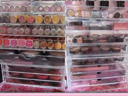 kim kardashian s makeup storage drawer mugeek vidalondon