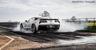 corvette zr1 burnout 2015 corvette z06 races challenger hellcat viper and corvette zr1