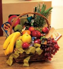 how to make a fruit basket flowers plants christmas fruit baskets make your special