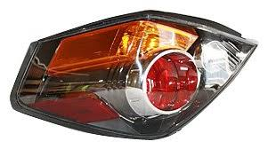 nissan altima tail light cover amazon com tyc 11 6218 00 nissan altima driver side replacement