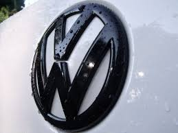 volkswagen logo plastidip grille or emblem badge diy vw jetta golf sportwagen
