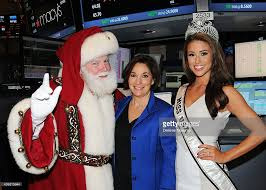 macy s celebrates 88th annual thanksgiving day parade at the nyse