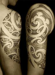 arm and shoulder swirl tribal