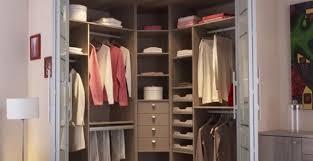petit dressing chambre dressing chambre pas cher un petit lzzy co
