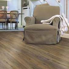 Bevelled Laminate Flooring G E F Collection Registered Embossed Oak 16 5 Cm 6 5 In