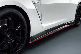 nissan gtr tire size 2015 nissan gt r nismo first test motor trend