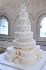 wedding cake kate middleton 46 best royal wedding cakes images on royal