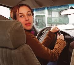 study says women are worse drivers get in more car crashes